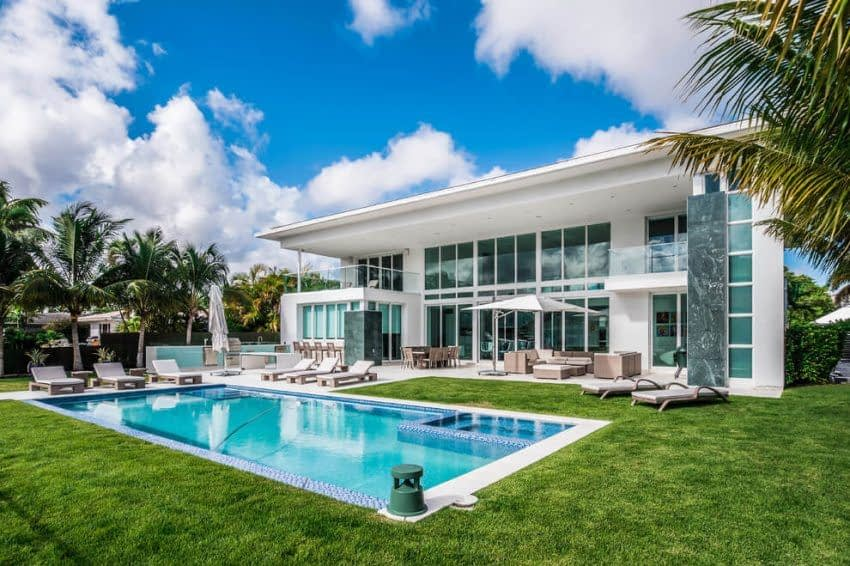 House with Swimming pool Florida - Cambridge home loan